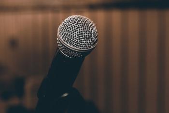 microphone-1206362_1280